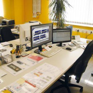 Mediengestalter Arbeitsplatz Mit Layout